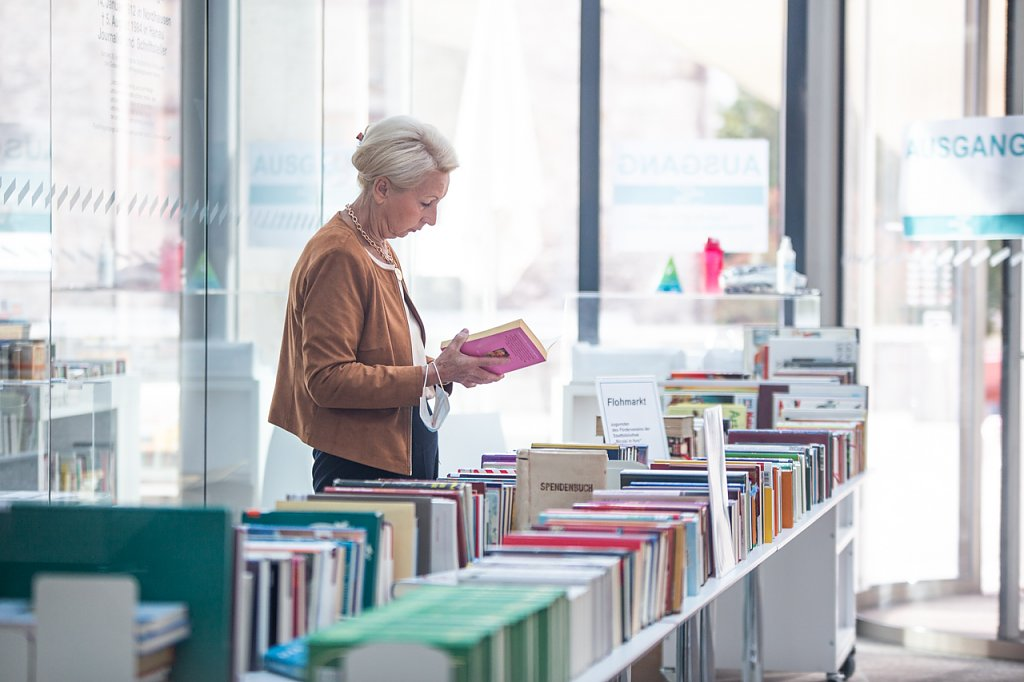 Bibliotheksfest - Bücherflohmarkt (Foto: Vincent Eisfeld, Stadtbibliothek)